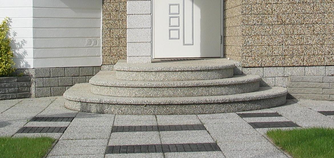 Modernistyczne Betonowe schody zewnętrzne typu parter półokrągłe. STYL-BET LA88